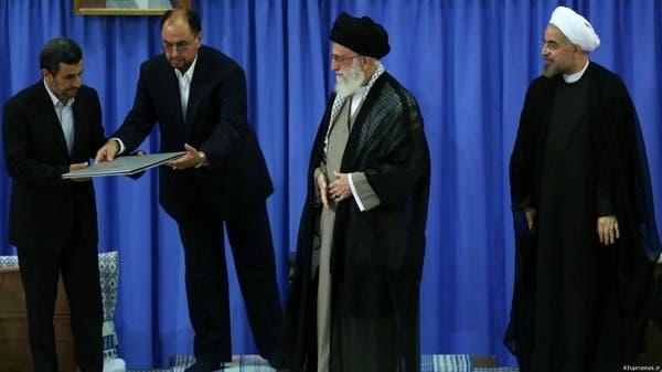 روحاني يبدأ مهامه رئيساً لإيران