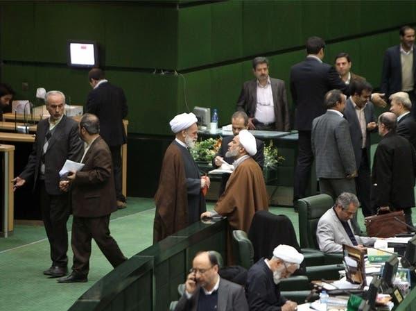 الشورى الإيراني يبدأ إجراءات التصويت على الثقة للحكومة