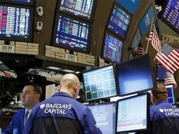 """هبوط """"آبل"""" يضغط على مؤشرات الأسهم الأميركية"""