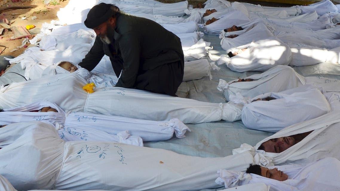 الأسد يرتكب مجزرة بالكيماوي في الغوطة تحت عين المراقبين