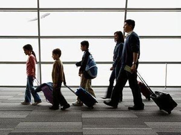 الجلطة والزكام والتهاب الأذن.. أهم مخاطر السفر الصحية