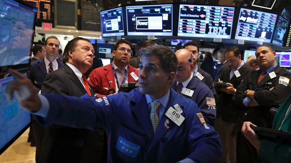 Traders work on the floor of the New York Stock Exchange, August 28, 2013. (Reuters)