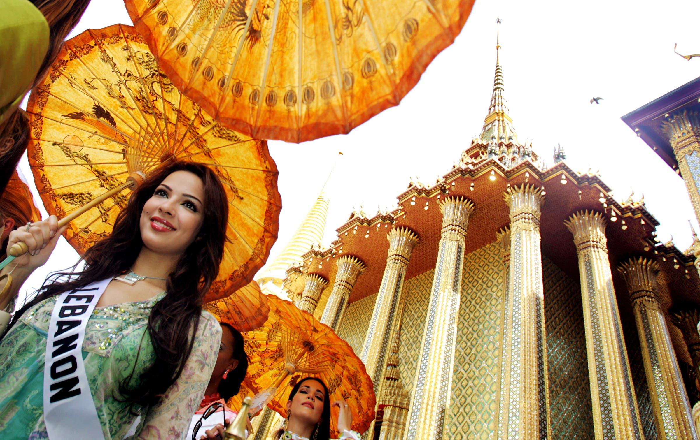 Miss Nadine Njeim was crowned Miss Lebanon 2004. (Reuters)