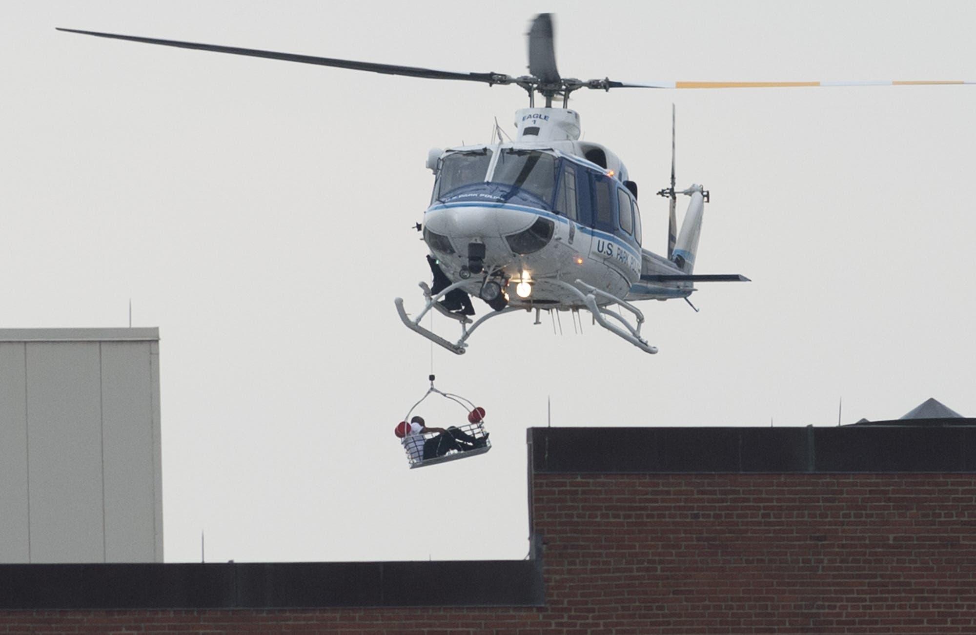U.S. Navy base in Washington under attack