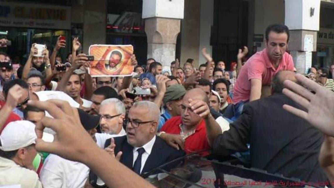 عبد الإله بن كيران، رئيس الحكومة في حالة حصار من قبل العاطلين عن العمل في قلب الرب