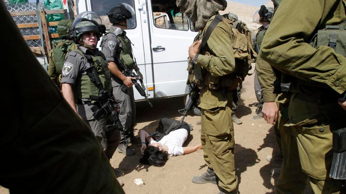 اسرائيل تعتدي