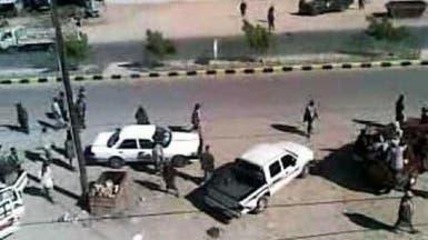 اغتيال ضباط في تفجير انتحاري وسط سوق شعبي جنوب اليمن