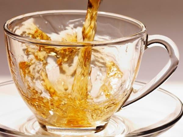 مقهى في دبي يقدم لزبائنه الشاي مخلوطاً بالذهب