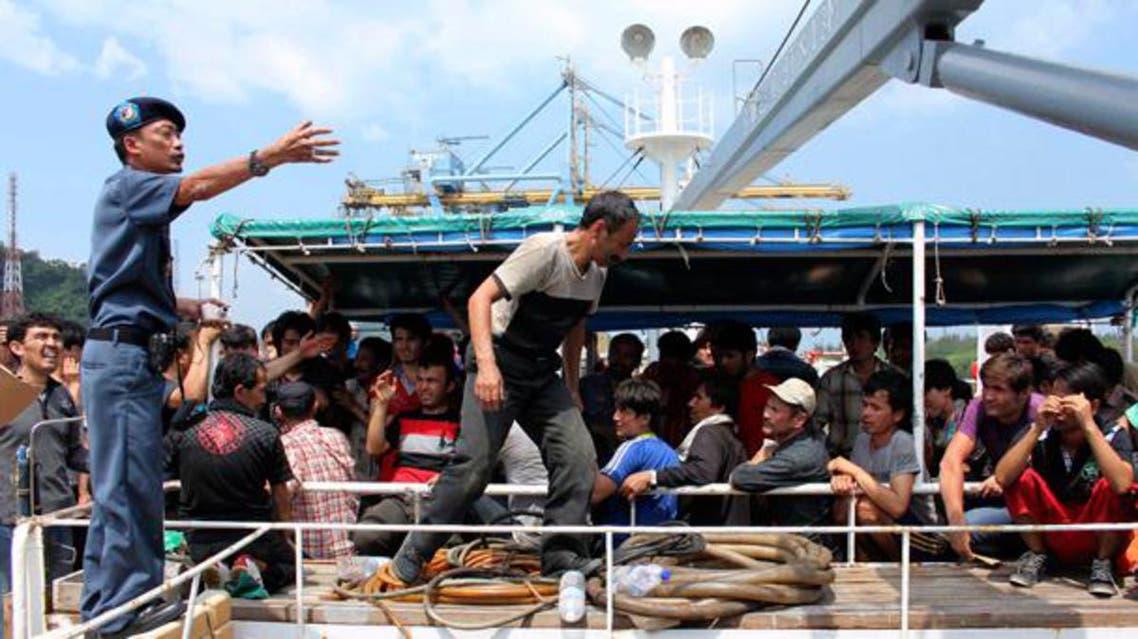 على مركب أندونيسي من هذا الطراز كان 26 لبنانيا