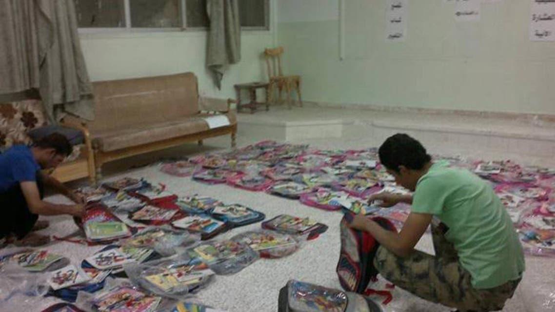 توزيع حقائب طلاب في سوريا