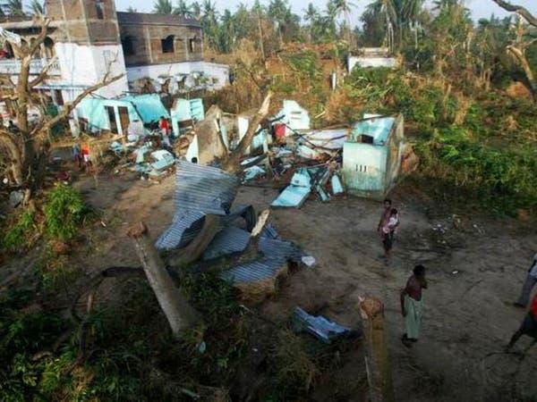 """إنذار أحمر في الهند قبيل وصول الإعصار """"فايلين"""""""