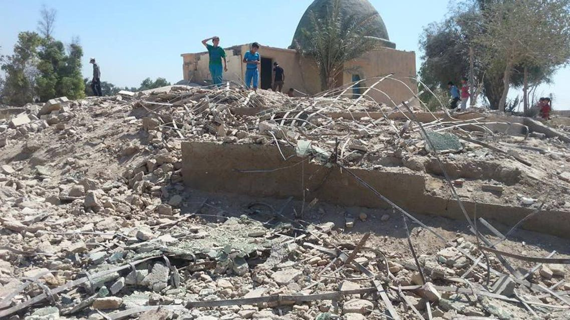 Islamist militants destroy Sufi shrine in eastern Syria