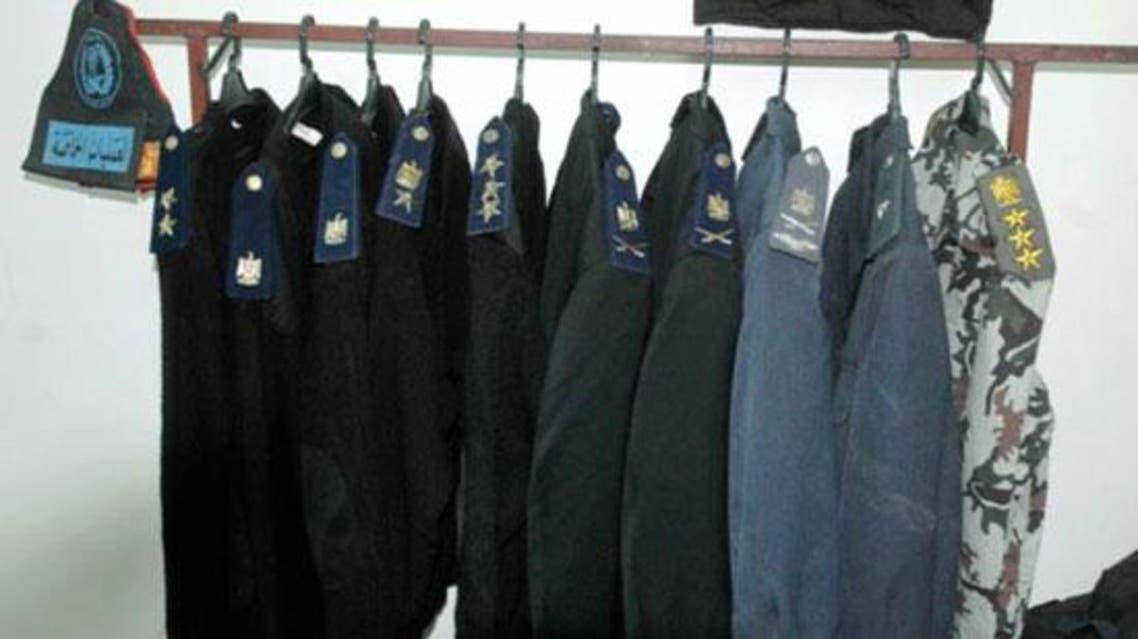 ملابس عسكرية مضبوطة سابقا