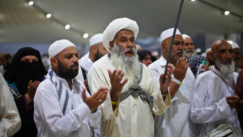 Help is at hand: Thousands of volunteers provide services to hajj