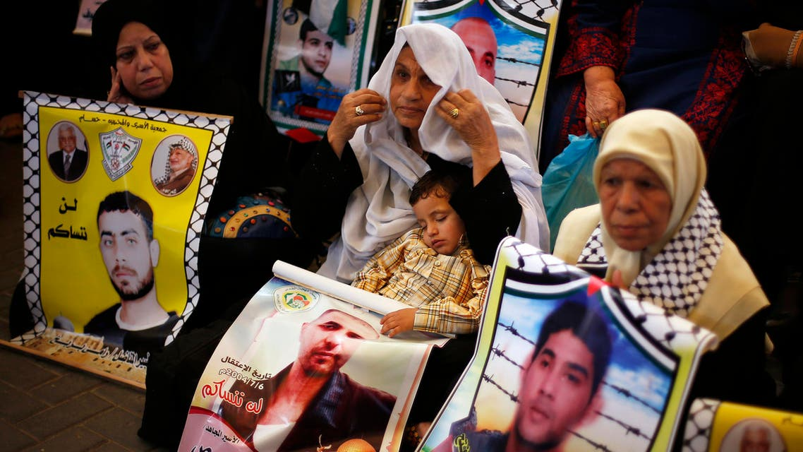 Palestinians, Israelis react to looming prisoner release