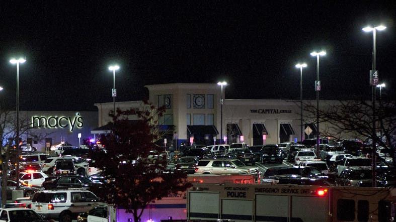 U S Mall Put On Lockdown Over Gunman Attack Al Arabiya English