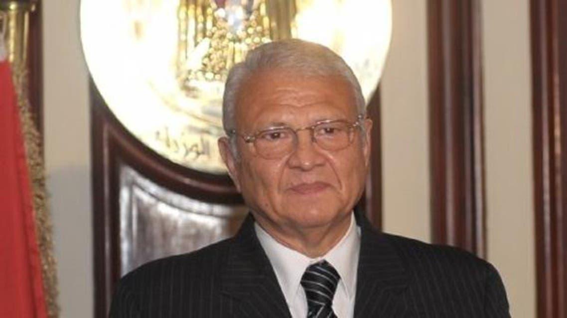 وزير الاتصالات المصري عاطف حلمي