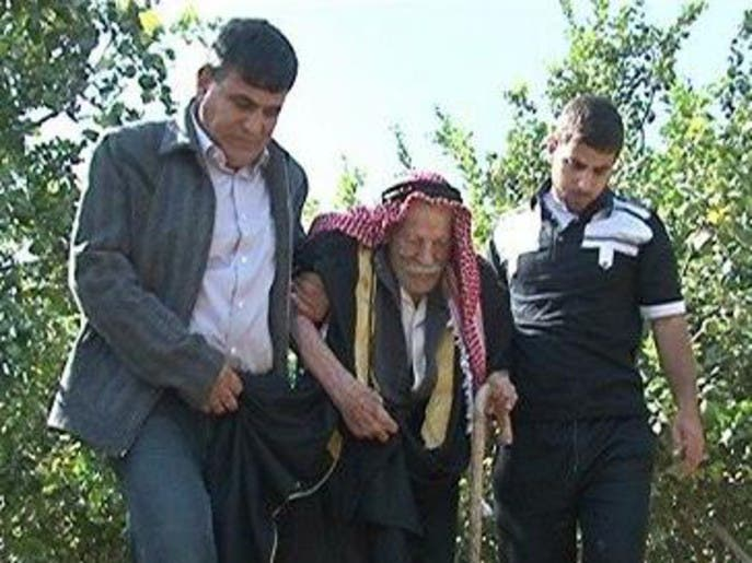 125-year-old Palestinian man tells memories from peaceful days - Al