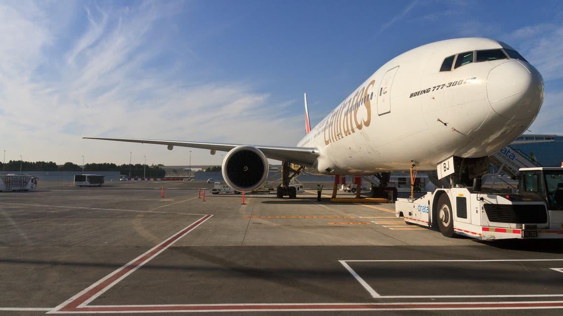 boeing Emirates shutterstock