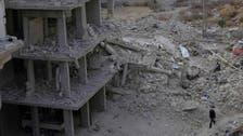 Assad forces target key town
