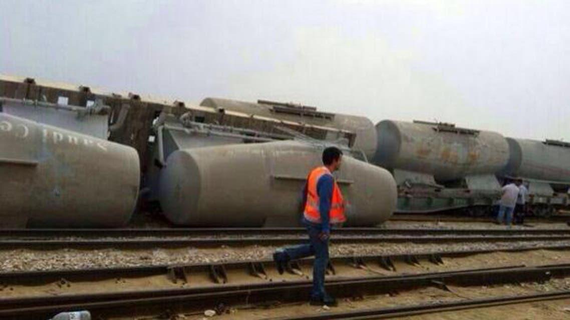 انقلاب حافلات قطار البضائع شرق السعودية