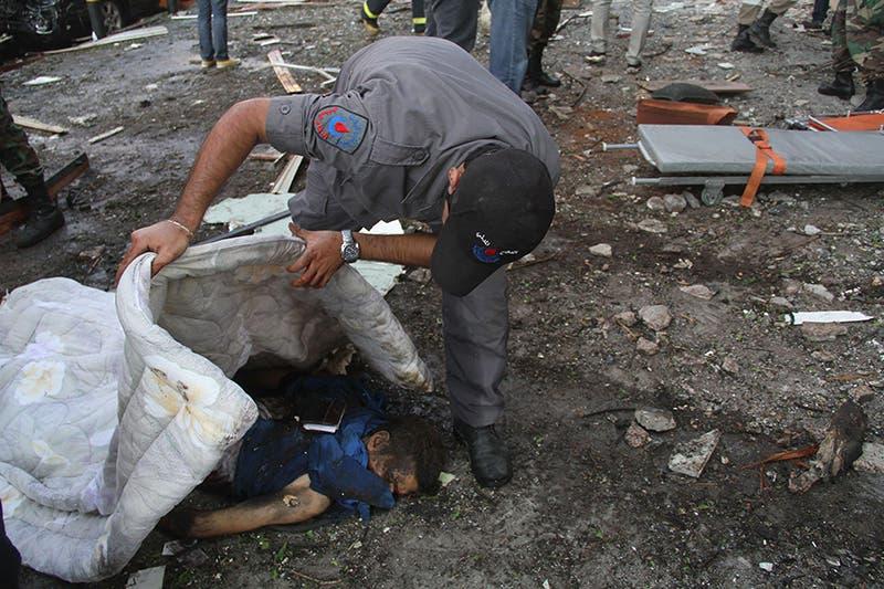 قتيل بتفجير السفارة الايرانية في بيروت