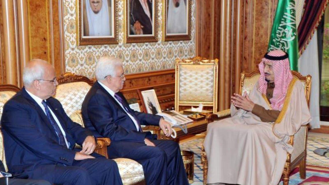 الأمير سلمان يستقبل عباس