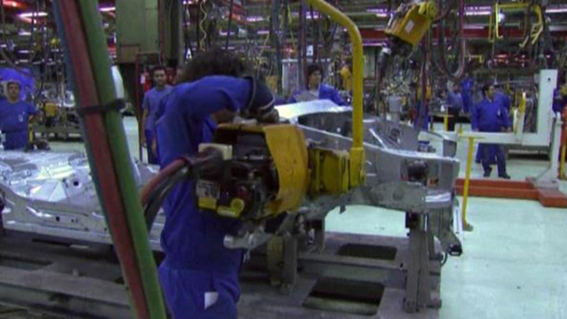 تصنيع السيارات في إيران