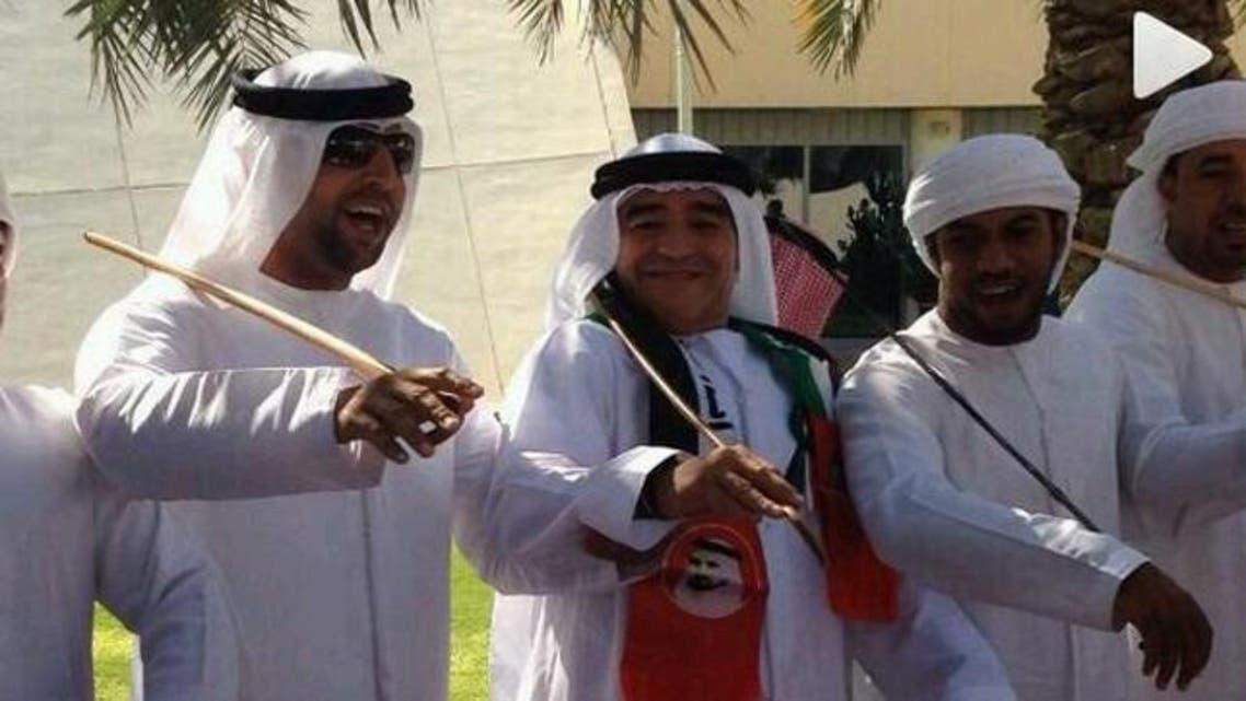 Argentinian football legend Diego Maradona was spotted in the UAE dressed in a white outfit and dances to local music. (Photo courtesy of www.albayan.ae)