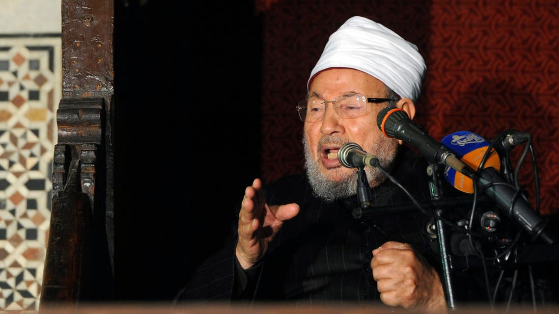 Egyptian Cleric Sheikh Yusuf al-Qaradawi gives a speech during Friday prayers, before a protest against Syrian President Bashar al-Assad, at Al Azhar mosque in Cairo Dec. 28, 2012. (File photo: Reuters)