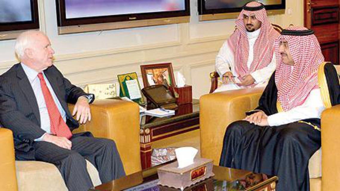 وزير الداخلية السعودي مع ماكين
