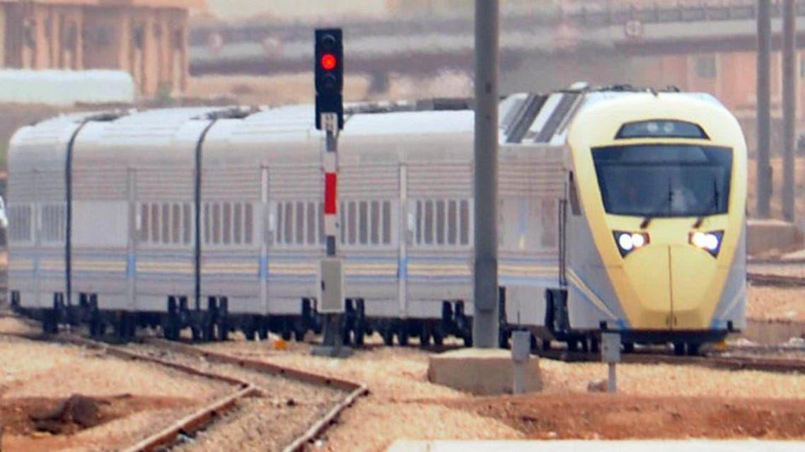قطار في السعودية