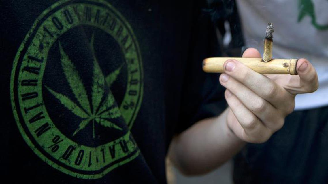 دخان الحشيش الماريجوانا