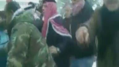 ملك الأردن يفاجئ مواطناً بتخليص مركبته من الثلوج