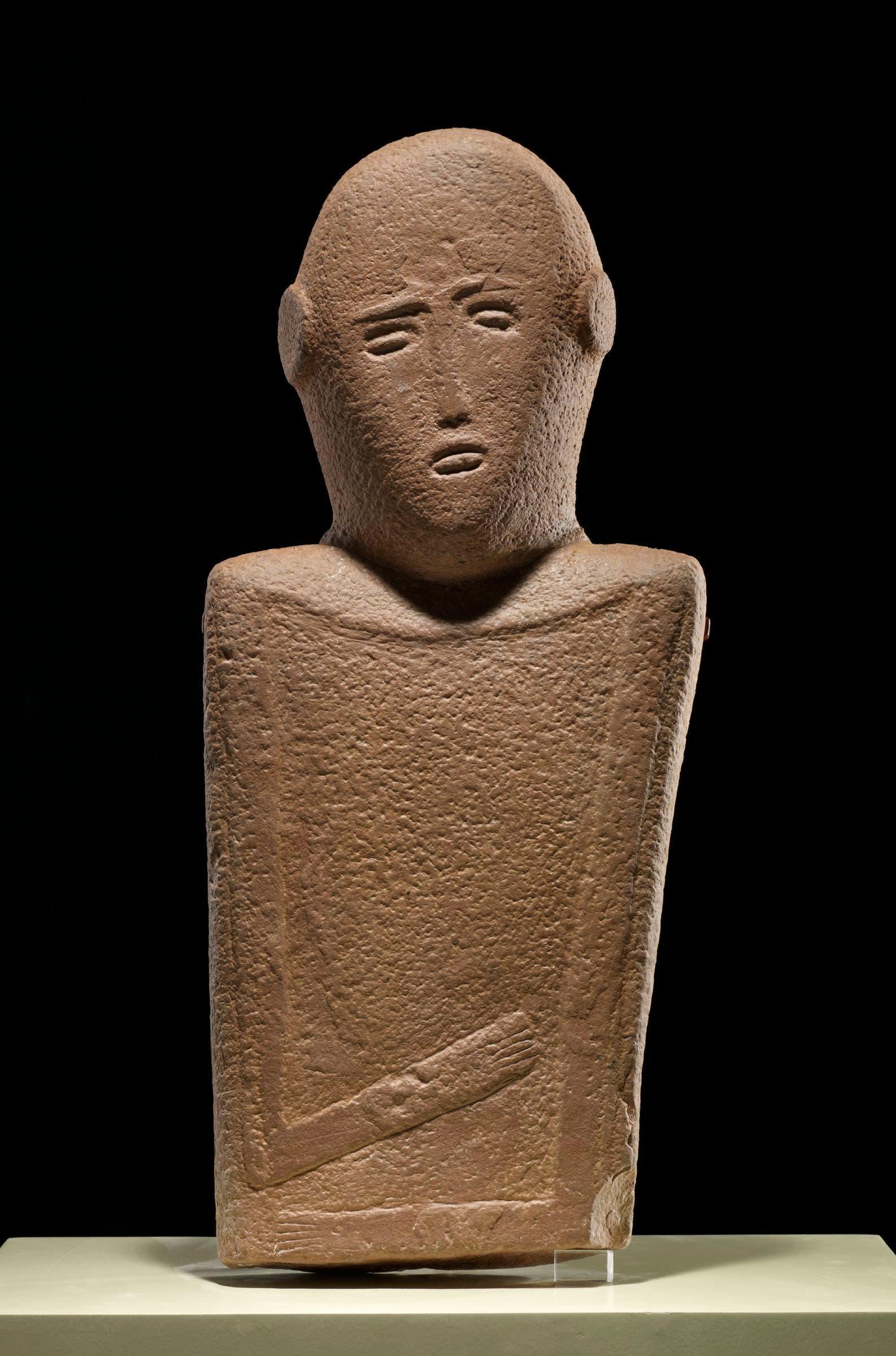 Anthropomorphic Stele, El-Maakir, Qaryat al-Kaafa, near Hau2019il, Saudi Arabia, 4th millennium BC, sandstone, National Museum, Riyadh