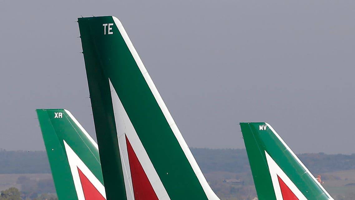Alitalia planes pictured before takeoff at Fiumicino airport in Rome on Dec. 10, 2013. (File photo: Reuters)