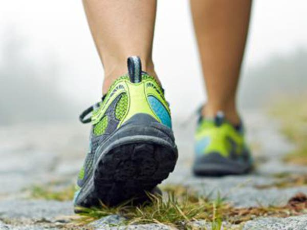 المشي 20 دقيقة يومياً يحد من أمراض القلب