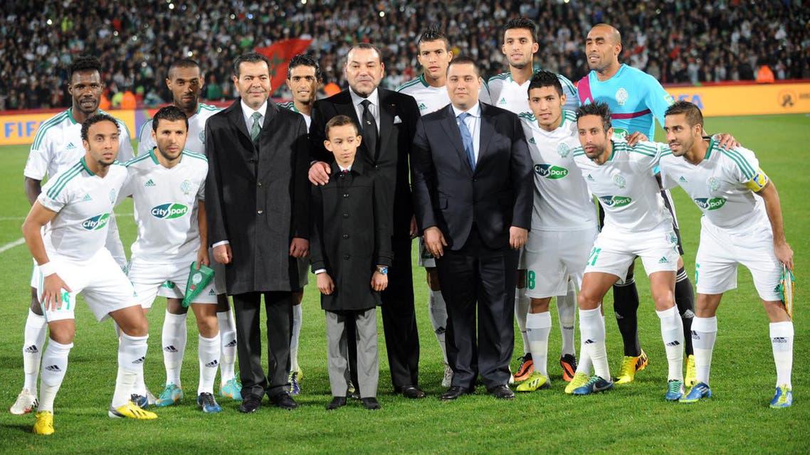 العاهل المغربي في ملعب مراكش الكبير في نهائي الموندياليتو