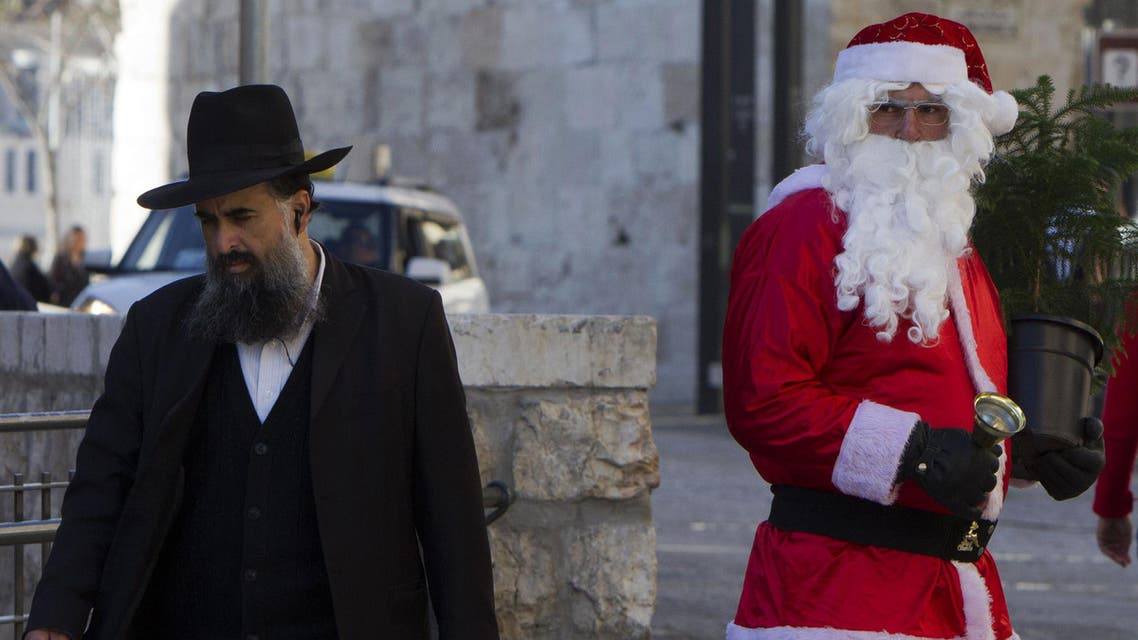 Palestinians prepare for Christmas