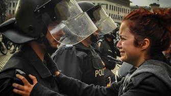 الحب في مواجهة العنف.. أجمل لقطات العام 2013