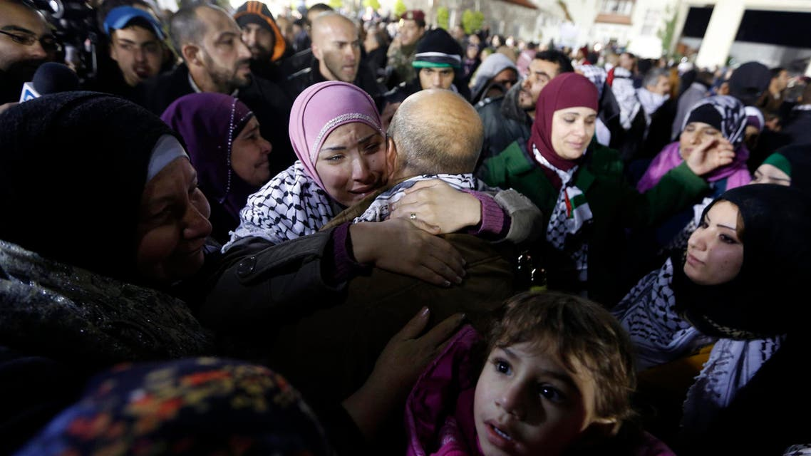Israel releases Palestinian prisoners