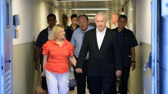 نتنياهو مع زوجته يدخل المستشفى للفحوصات