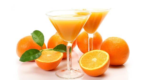 ماذا يحدث بعد ساعتين من تناول عصير البرتقال