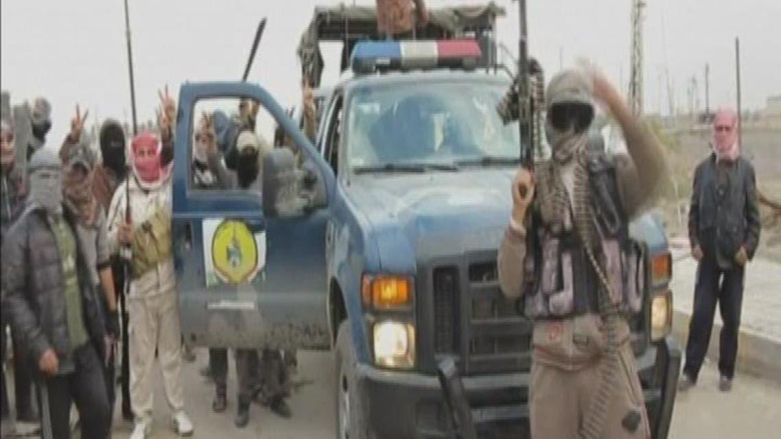 "THUMBNAIL_ ""أبو ريشة"" يلعن حرباً مفتوحة مع العشائر على مقاتلي ""داعش"""