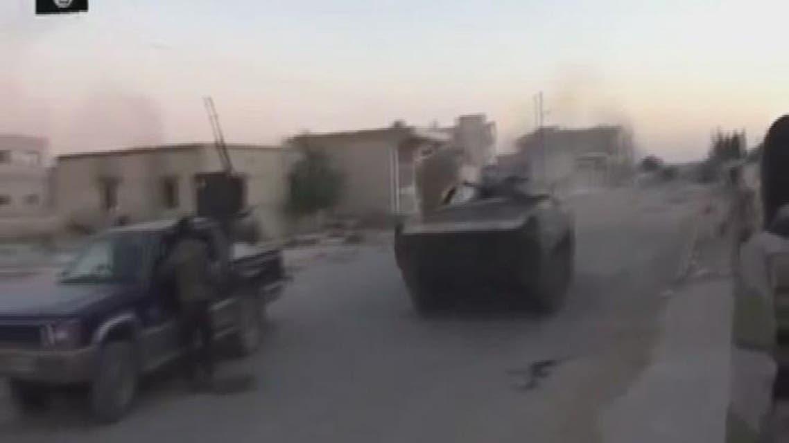 THUMBNAIL_ معارك بين داعش والنصرة بريف حلب واستهداف الحر بالاتارب