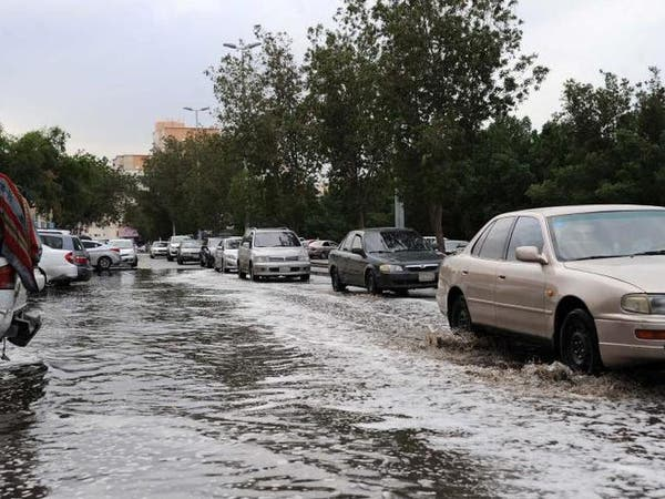 """""""مدني الرياض"""" يتلقى 8000 بلاغ بسبب أمطار أمس"""