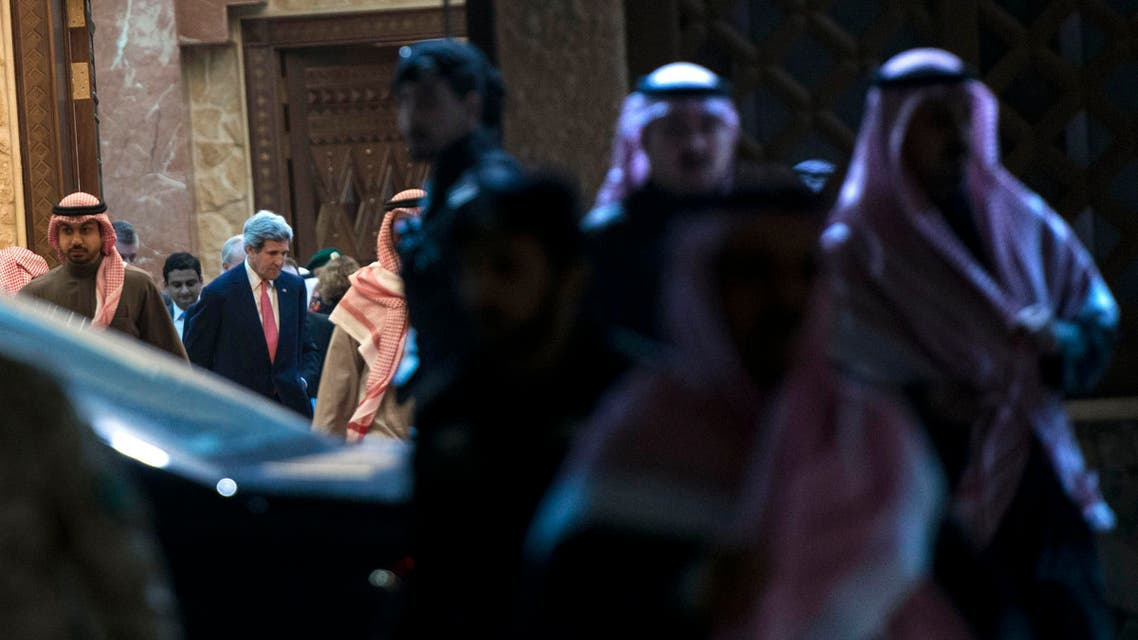 Kerry meets and greets in Saudi Arabia