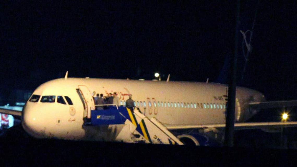 إيقاف طائرة في مطار تركيا كانت متجهة إلى سوريا