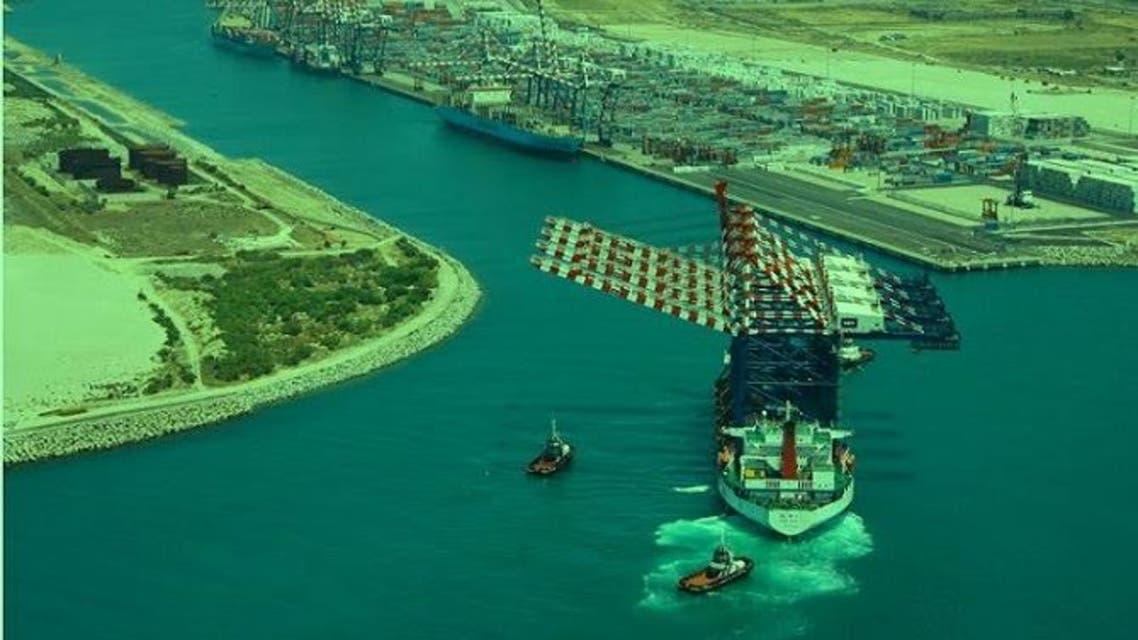 الميناء هو الأكبر في إيطاليا بنقل الحاويات والسابع بأوروبا
