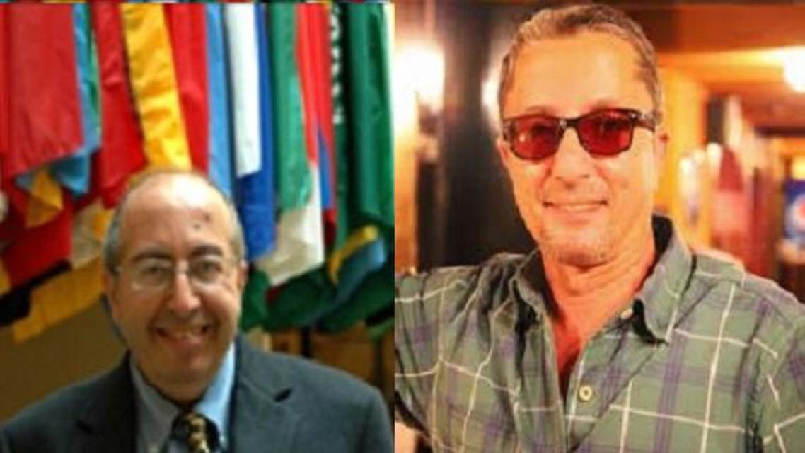 من اليمين: اللبنانيان كامل حمادة صاحب المطعم، ثم وابل عبد الله